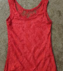 Crvena čipkana bluza