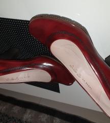 Nove Paar kožne cipele