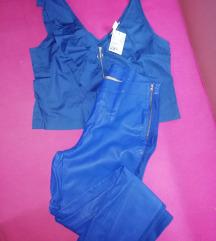 Kozne pantalone i majica