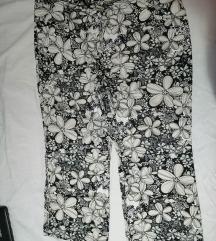 Pantalone za punije sve po 600 din