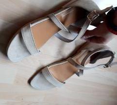 Sandale na kopcanje Nove