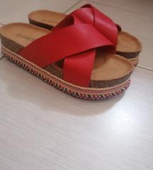 Crvene papuce