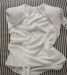 Bela Zara bluza sa naramenicama, vel. S