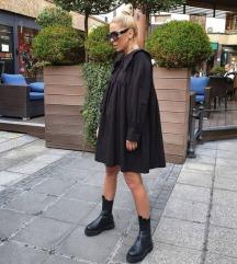 Crna široka haljina