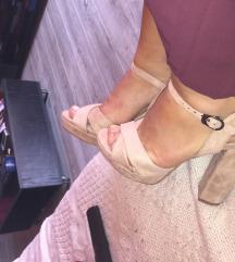 Kao nove sandale  SNIZENO max