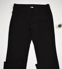 Poslovne pantalone 48