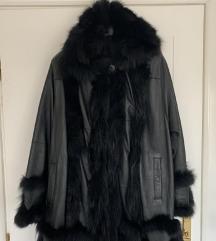 NOVO Crna bunda - koza i krzno