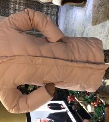 Nova perijana jakna 42/44