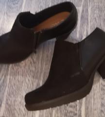 Cipele na štiklu, očuvano