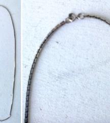 ogrlica boje srebra poluobim 50 cm