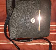 Crna torbica na preklop