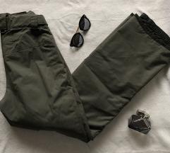 O'NEILL NOVE zelene zimske ski pantalone XS