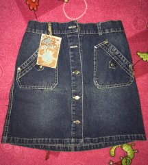 Nova suknjica vel. 12 sa etiketom