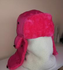 Udobna i topla zimska kapa