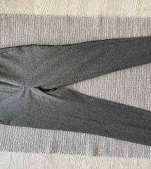 Zarine pantalone kao nove