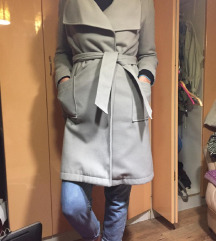 Allegra zenski kaput kao nov