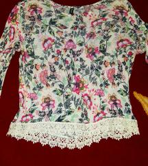 Original H&M! Prelepa bluza