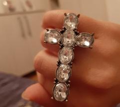 Prsten krst sa cirkonima