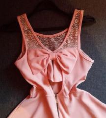 Dve haljinice za 700 din