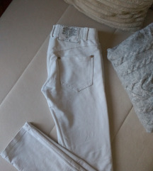 Bele pantalone helanke