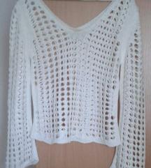 Rupičasti končani beli džemper