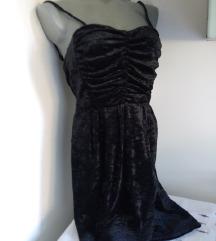 Fervente plisana crna haljina M