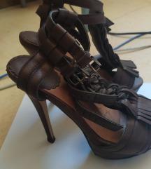 Braon sandale na štiklu