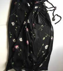 Crna dugačka suknja na preklop