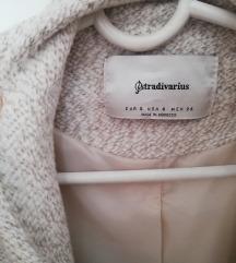 Nov krem Stradivarius kaput
