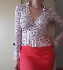 Cvetna bluza na preklop