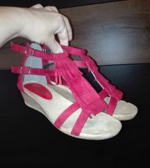 Sandale preslatke I udobne