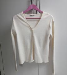 Mlečno beli džemper, vel. S
