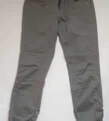 Culture pantalone / Sniženo na 700 din