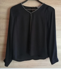 Crna bluzica kao nova