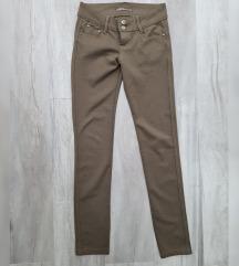 Braon pantalone vel.27
