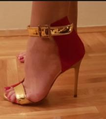 Crvene Chanel gleznjace sandale