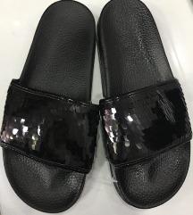 Papuce zenske nove