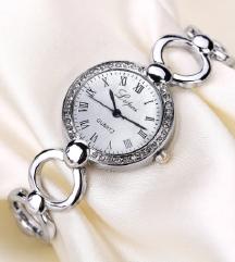 nov ženski sat
