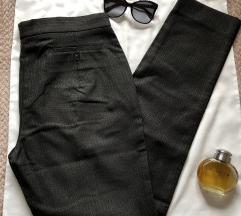 MAXMARA odlicne vunene poslovne pantalone 44 ili L