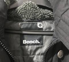 Jakna Bench