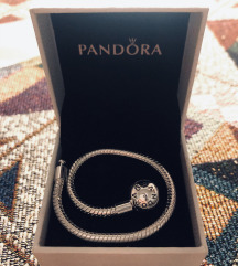 Pandora narukvica sa originalnim žigom