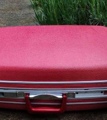 Stari plasticni retro kofer iz 70-ih