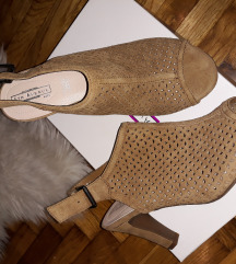 Sandale cipele