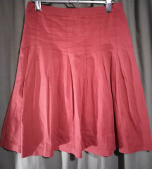 Crvena suknjica