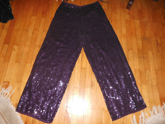 MONSOON pantalone od ljubicastih sljokica M