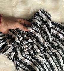 RASPRODAJA ZBOG SELIDBE crno siva bluza