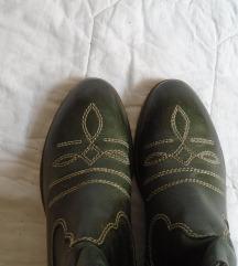 Bata kozne cizme br 38