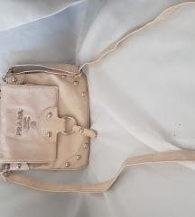 Prada torbica