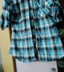 Kosulja karirana i majica