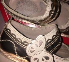 KicKers kozne cipele baletanke br 26